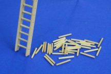 Wooden ladder package contains 2 set