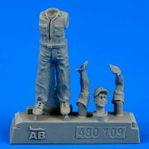 U.S. Army aircraft mechanic WWII - Pacific theatre