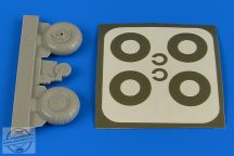 Bucker Bu 131 wheels & paint masks transverse tread with disc cover 1/32