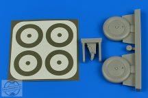I-153 Wheels & paint masks - 1/32 - ICM