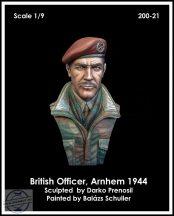BRITISH AIRBORNE OFFICER, ARNHEM 1944 - 1/9