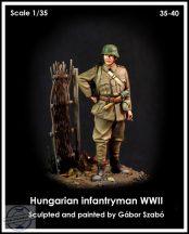 HUNGARIAN INFANTRYMAN WWII - 1/35