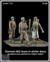 GERMAN MG TEAM IN WINTER DRESS - 1/72
