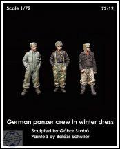 GERMAN PANZER CREW IN WINTER DRESS - 1/72