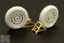 Luftwaffe wheel chocks (two types) - 1/48