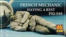French mechanic having a rest - 1/32