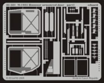 M-1025 armoured door - 1/35 - Academy