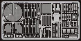 M-3 Grant interior - 1/35 - Academy