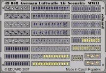 German Luftwaffe Air Security WWII - 1/48 -  (kar-és válljelzések )