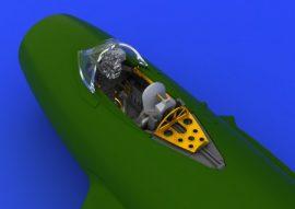 MiG-15bis cockpit - Eduard