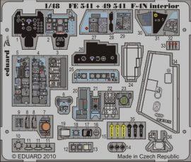 F-4N Phantom interior S.A. - Hasegawa
