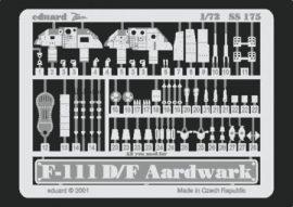 F-111D/ F  - 1/72 - Hasegawa