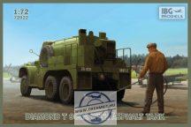 DIAMOND T 968A with Asphalt Tank