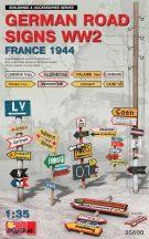 German Road Signs WW2 France 1944 - 1/35