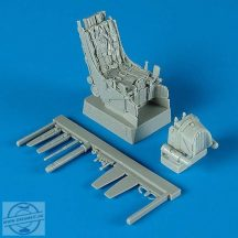 Su-27 ejection seat with safety belts - 1/32