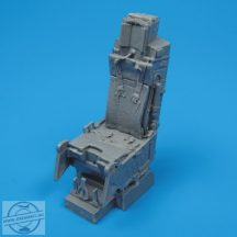 A-10A ejection seat with safety belts - 1/32