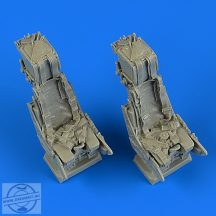 Panavia Tornado ejection seats with safety belts - 1/32 - Revell
