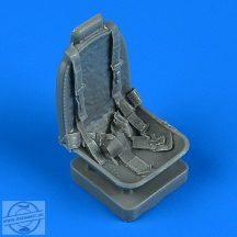 A-1 Skyraider seat with safety belts - 1/32