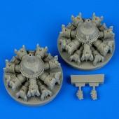 A-20 Havoc engines. - Italeri/AMT