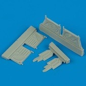 F4U-1 Corsair undercarriage covers - Academy