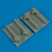 B-24 Liberator turbo-supercharger cover for Academy/Minicraft